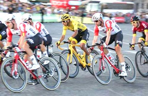 Tour de France cyclists all test negative for Covid-19