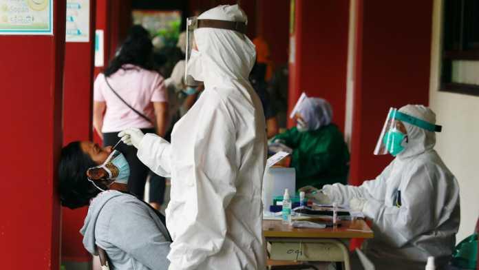 Indonesia: COVID-19 cases quadruple, shortage of oxygen amid outbreak