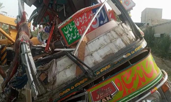 Dera Ghazi Khan: 30 killed, 40 injured in bus collision