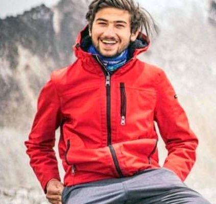 Shehroze Kashif becomes youngest Pakistani to ascend K2