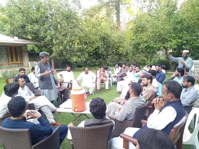 Galiyat: Ali Asghar Khan calls on youth, discuss regional development